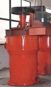 Вертикальная агитационная мельница для измельчения графита